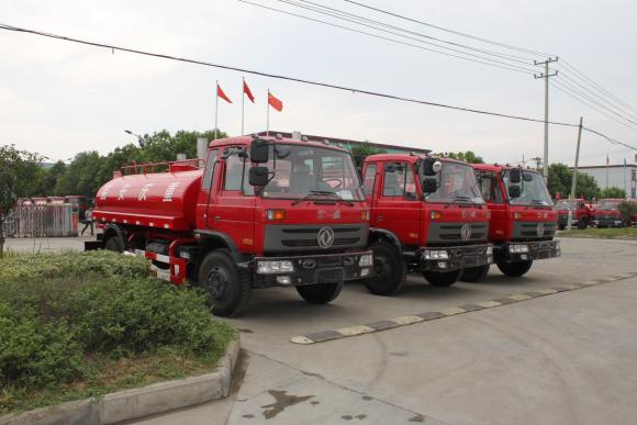 30台红色消防yabo334,发往重庆市区!TEL15586733666